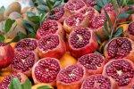 Fruto aberto, sementes no interior